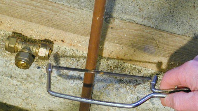 Ремонт трубы чулком